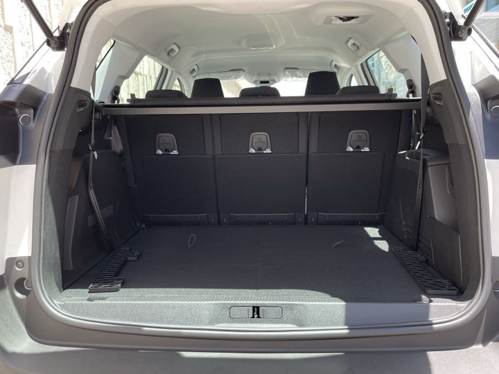 Peugeot 5008-BOOT INSIDE VIEW