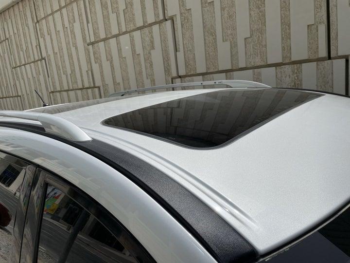 Nissan Pathfinder-ROOF/SUNROOF