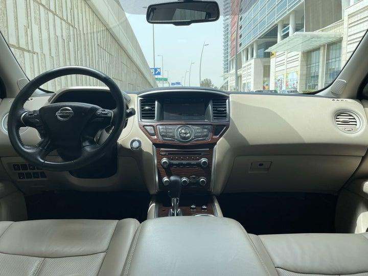 Nissan Pathfinder-DASHBOARD VIEW