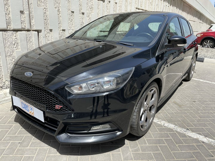 Ford Focus-LEFT FRONT DIAGONAL (45-DEGREE) VIEW