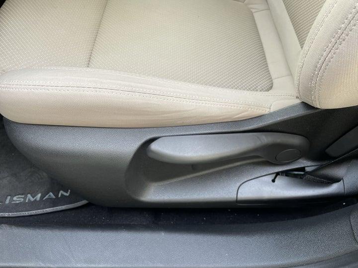 Renault Talisman-DRIVER SIDE ADJUSTMENT PANEL