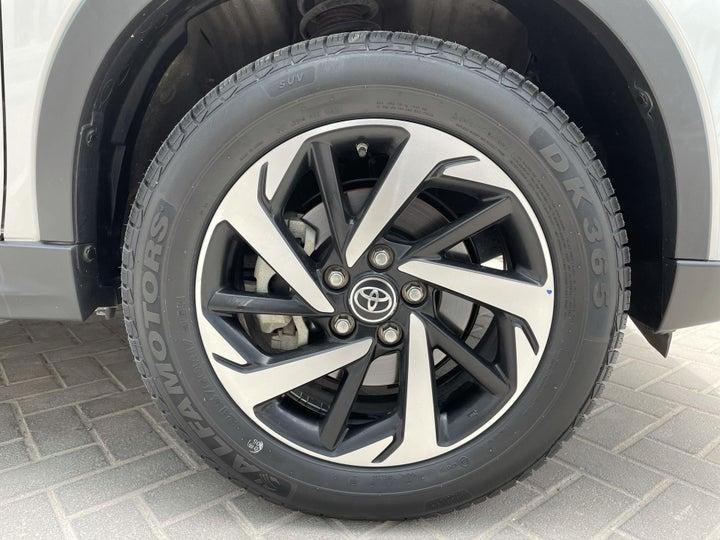 Toyota Rush-RIGHT FRONT WHEEL