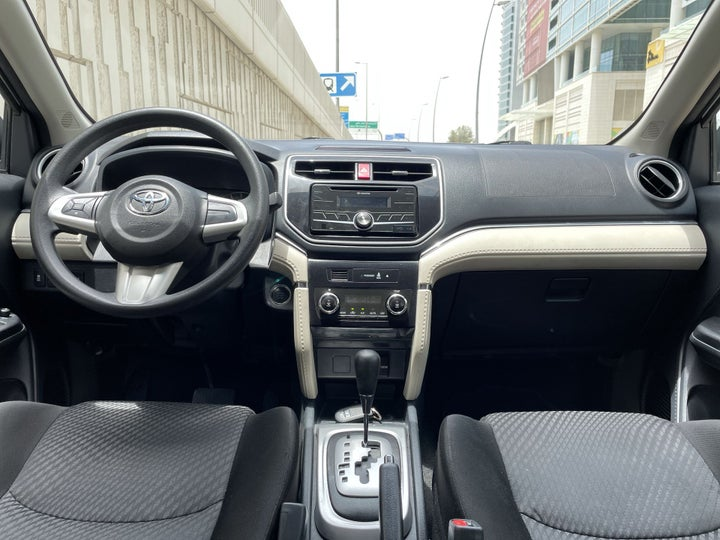 Toyota Rush-DASHBOARD VIEW
