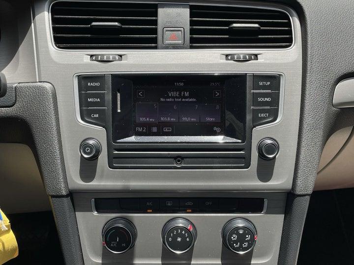 Volkswagen Golf-CENTER CONSOLE