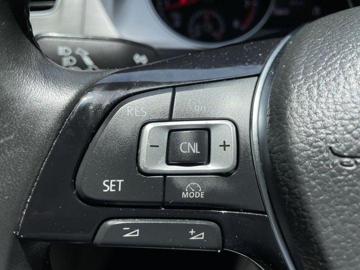 Volkswagen Golf-CRUISE CONTROL