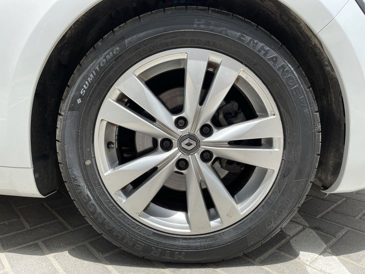 Renault Talisman-RIGHT FRONT WHEEL