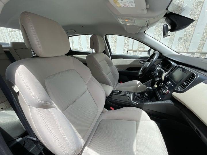 Renault Talisman-RIGHT SIDE FRONT DOOR CABIN VIEW