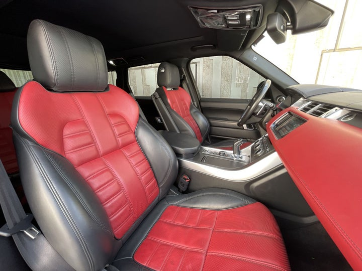 Landrover Range Rover Sport-RIGHT SIDE FRONT DOOR CABIN VIEW
