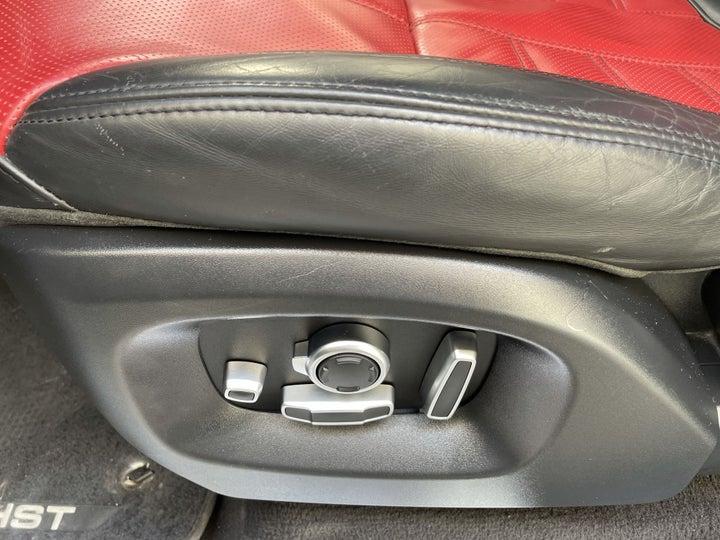 Landrover Range Rover Sport-DRIVER SIDE ADJUSTMENT PANEL