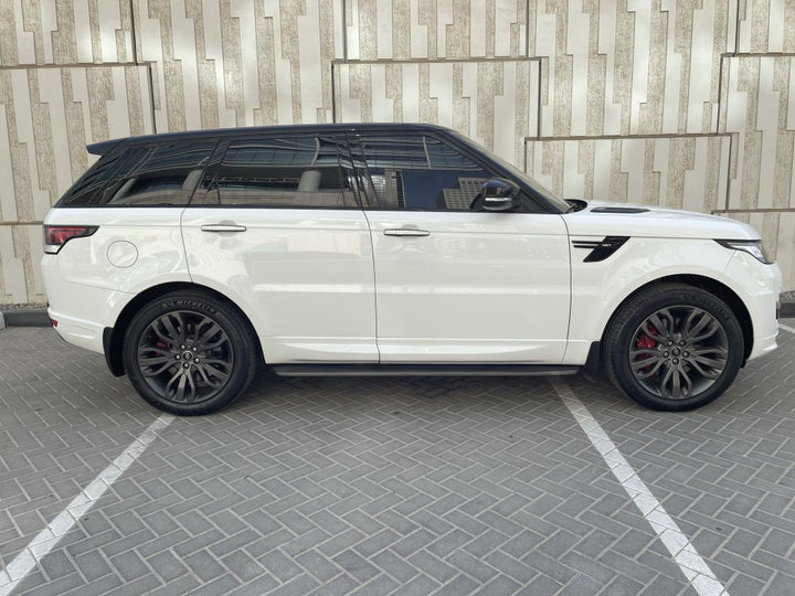 Landrover Range Rover Sport-RIGHT SIDE VIEW
