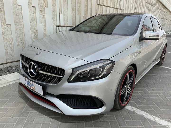 Mercedes Benz A Class-LEFT FRONT DIAGONAL (45-DEGREE) VIEW