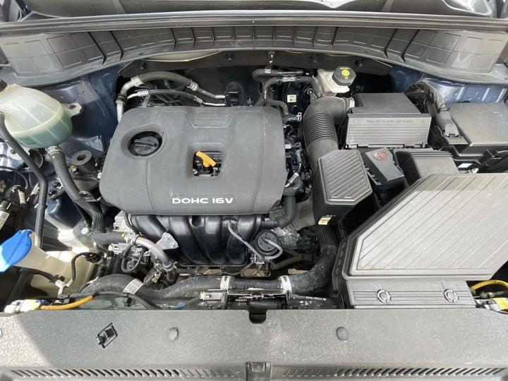 Hyundai Tucson-OPEN BONNET (ENGINE) VIEW