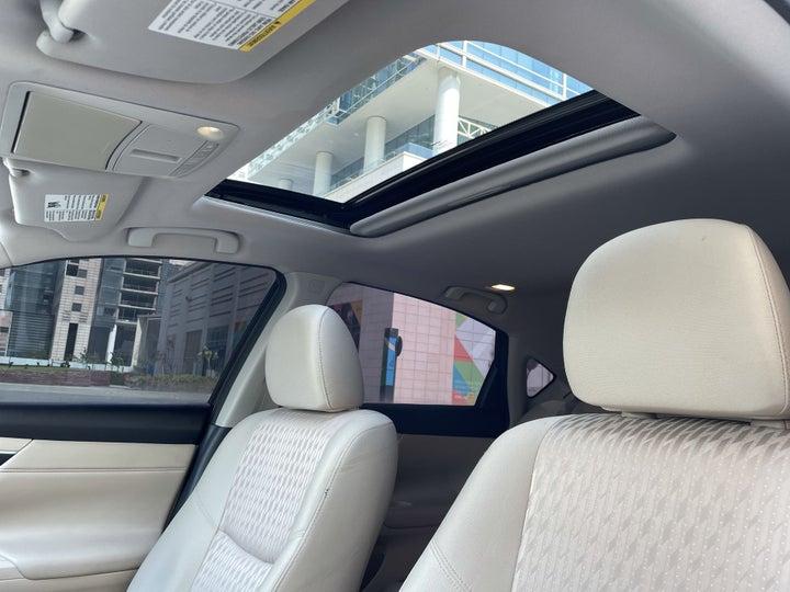 Nissan Altima-INTERIOR SUNROOF / MOONROOF