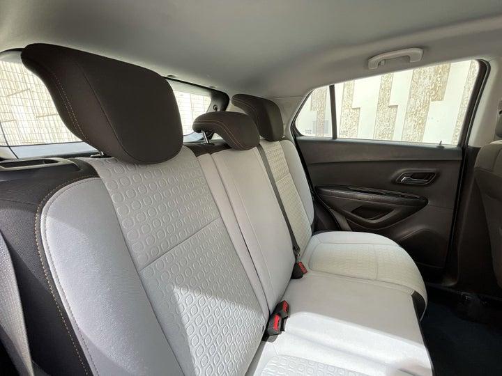 Chevrolet Trax-RIGHT SIDE REAR DOOR CABIN VIEW