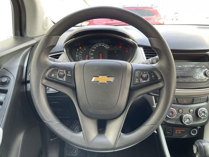 Chevrolet Trax-STEERING WHEEL CLOSE-UP