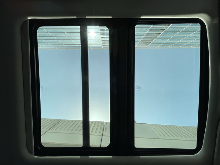 Ford Expedition-INTERIOR SUNROOF / MOONROOF