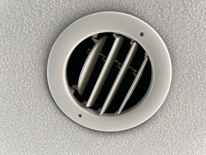 Ford Expedition-REAR AC VENT