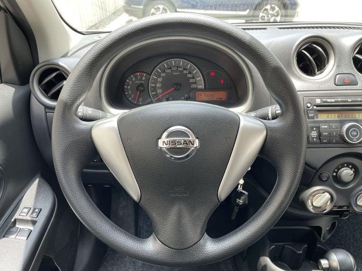 Nissan Micra-STEERING WHEEL CLOSE-UP