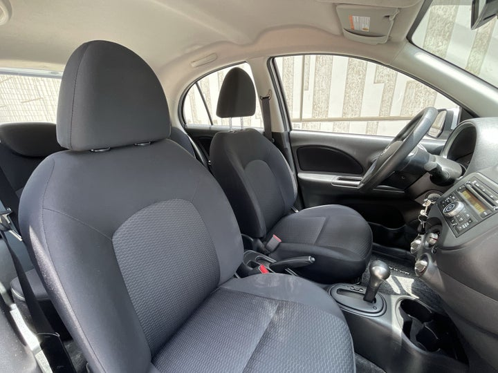 Nissan Micra-RIGHT SIDE FRONT DOOR CABIN VIEW