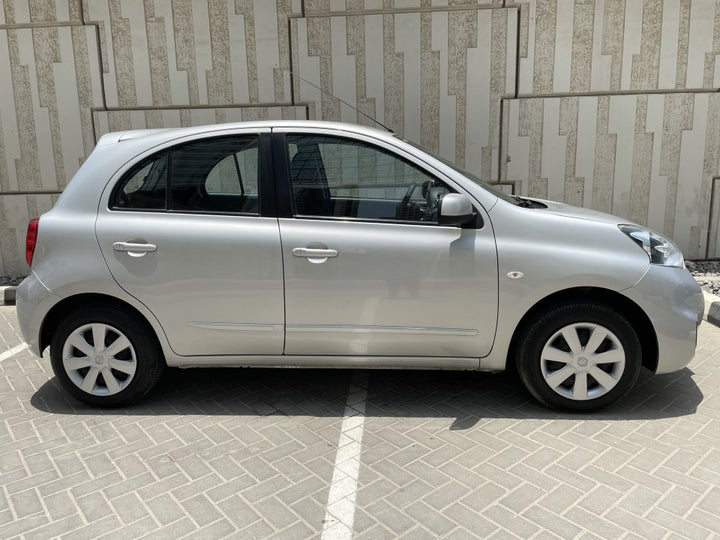 Nissan Micra-RIGHT SIDE VIEW
