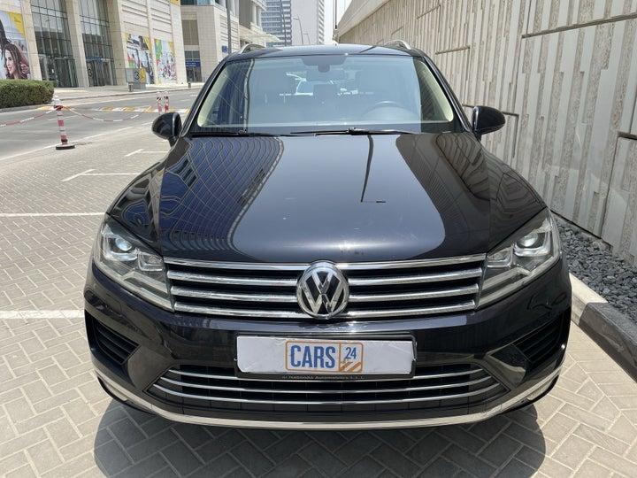 Volkswagen Touareg-FRONT VIEW