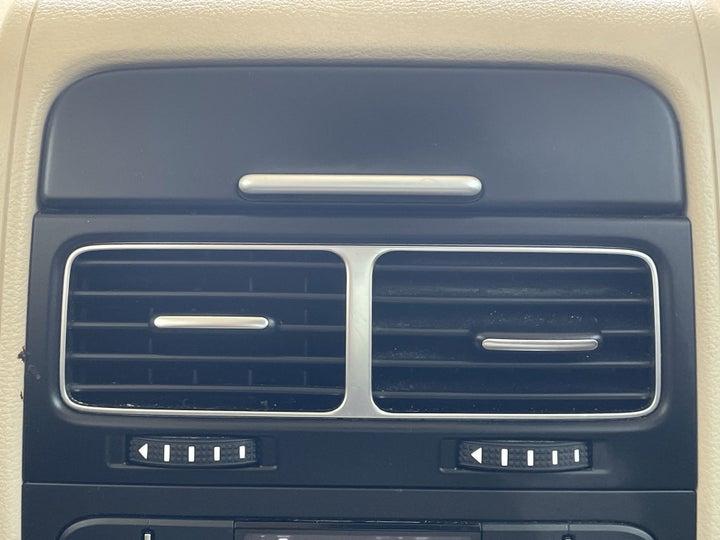 Volkswagen Touareg-REAR AC VENT