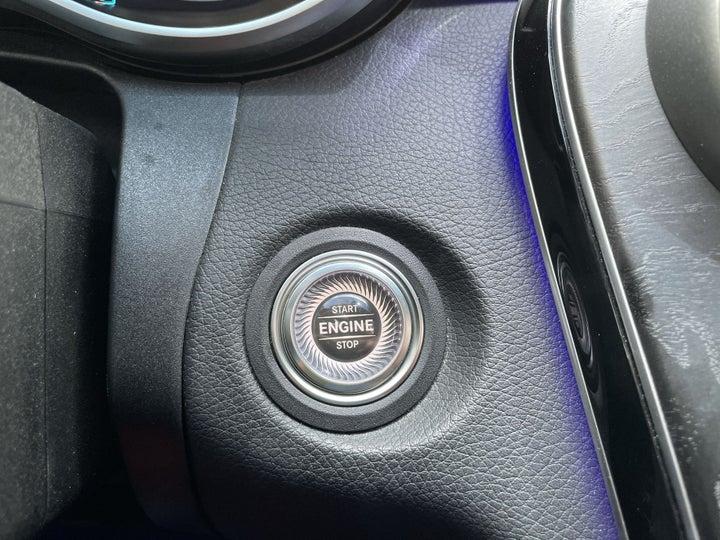 Mercedes Benz C-Class-KEYLESS / BUTTON START