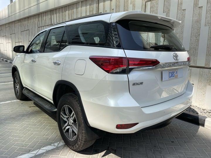 Toyota Fortuner-LEFT BACK DIAGONAL (45-DEGREE) VIEW