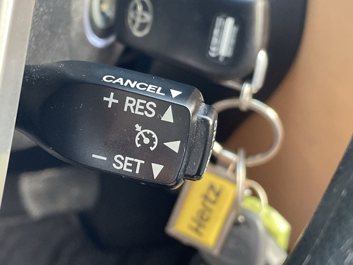 Toyota Fortuner-CRUISE CONTROL