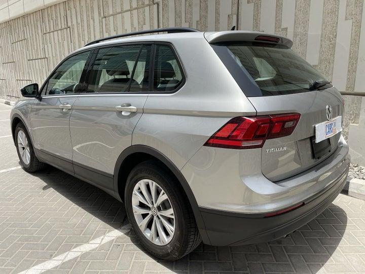 Volkswagen Tiguan-LEFT BACK DIAGONAL (45-DEGREE) VIEW