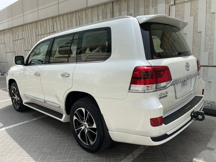 Toyota Land Cruiser-LEFT BACK DIAGONAL (45-DEGREE) VIEW