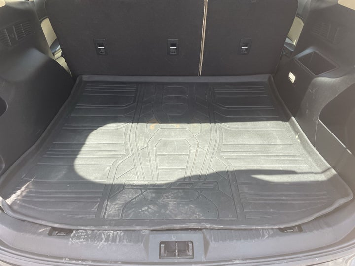 Ford Edge-BOOT INSIDE VIEW