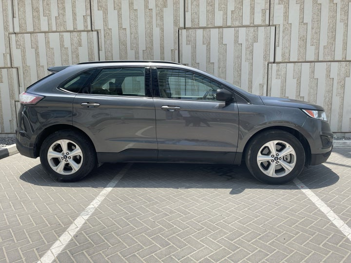 Ford Edge-RIGHT SIDE VIEW
