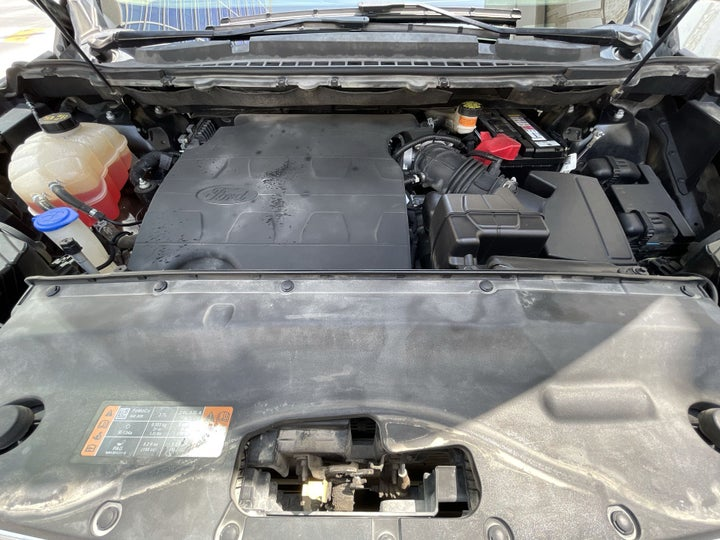 Ford Edge-OPEN BONNET (ENGINE) VIEW