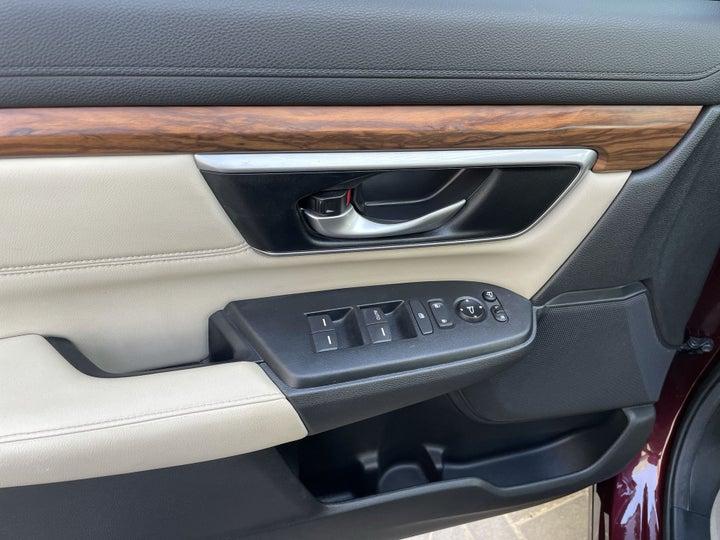 Honda CRV-DRIVER SIDE DOOR PANEL CONTROLS