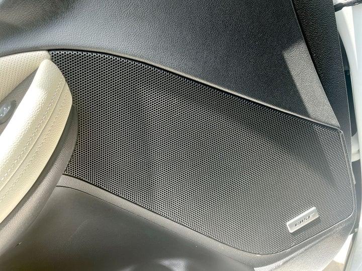 Chevrolet Impala-SPEAKERS