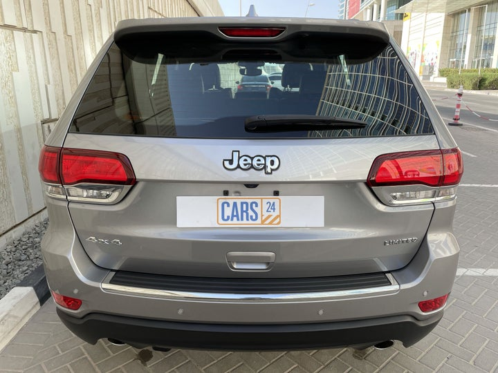 Jeep Grand Cherokee-BACK / REAR VIEW