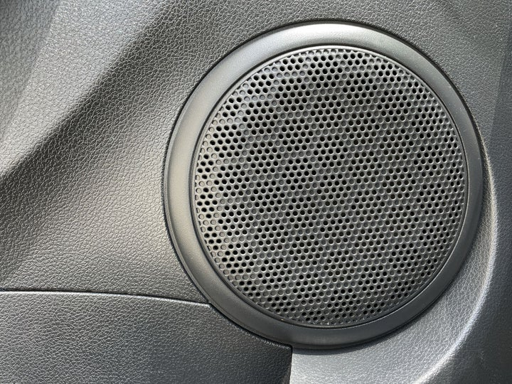 Renault Symbol-SPEAKERS