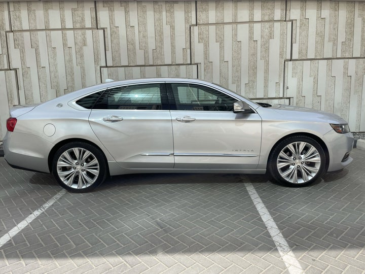 Chevrolet Impala-RIGHT SIDE VIEW