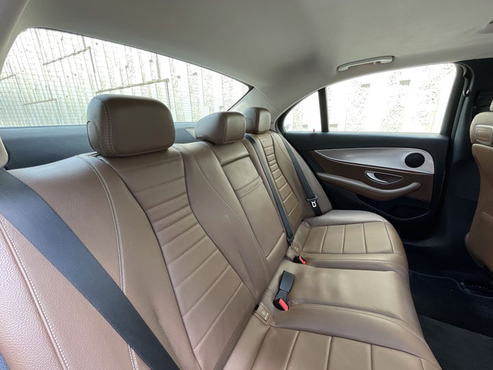 Mercedes Benz E-Class-RIGHT SIDE REAR DOOR CABIN VIEW