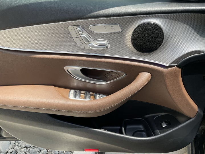 Mercedes Benz E-Class-DRIVER SIDE DOOR PANEL CONTROLS