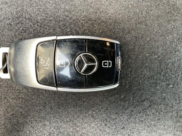 Mercedes Benz E-Class-KEY CLOSE-UP
