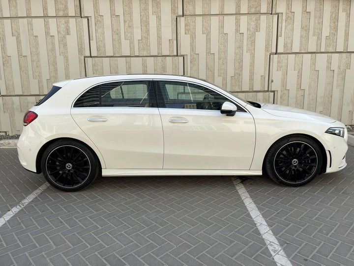 Mercedes Benz A-Class-RIGHT SIDE VIEW