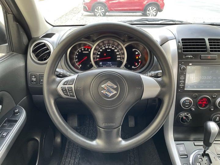 Suzuki Grand Vitara-STEERING WHEEL CLOSE-UP