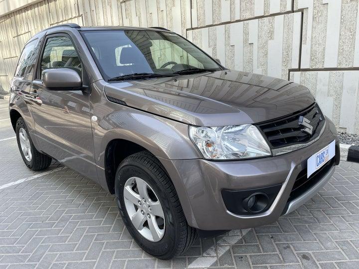 Suzuki Grand Vitara-RIGHT FRONT DIAGONAL (45-DEGREE) VIEW