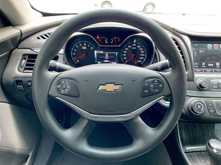 Chevrolet Impala-STEERING WHEEL CLOSE-UP