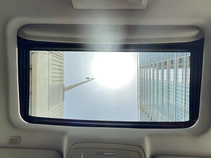 Chevrolet Tahoe-INTERIOR SUNROOF / MOONROOF