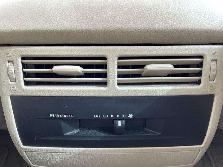 Toyota Landcruiser-REAR AC VENT