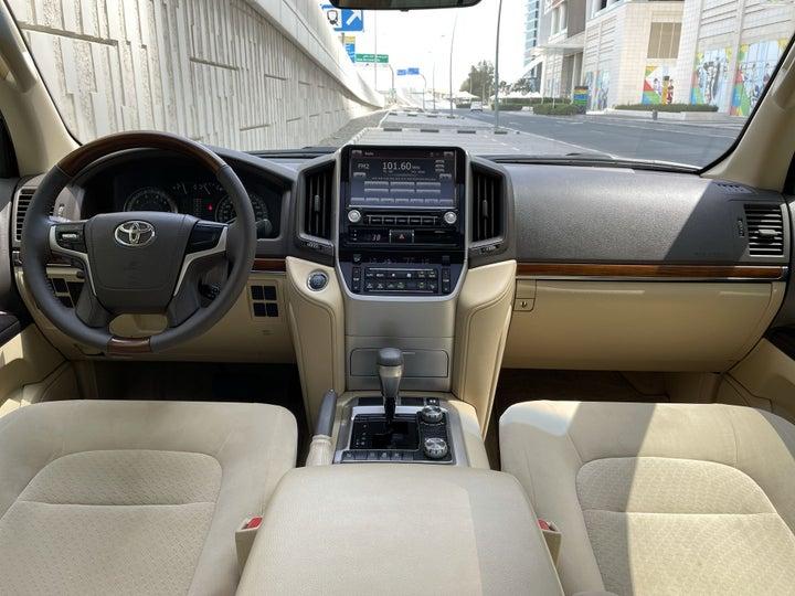 Toyota Landcruiser-DASHBOARD VIEW
