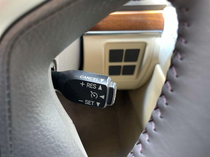 Toyota Landcruiser-CRUISE CONTROL